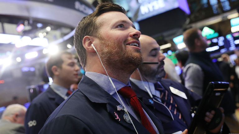 Dow Ends Higher as Wall Street Gets Boost From Gains in Energy Sector