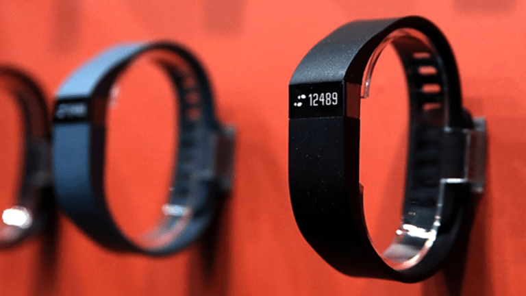 Fitbit Slumps After First-Quarter Guidance Is Weak
