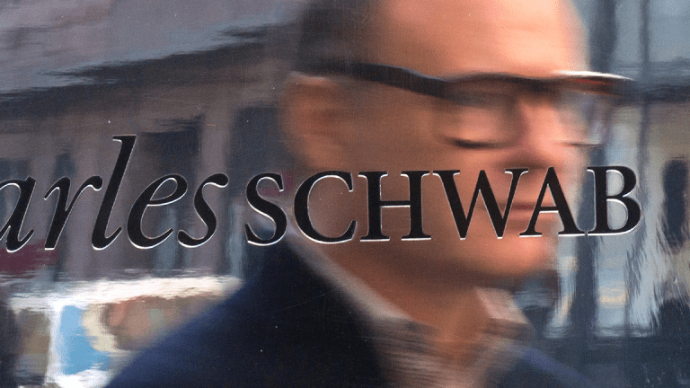 Charles Schwab Shares Climb After Earnings, Revenue Beat
