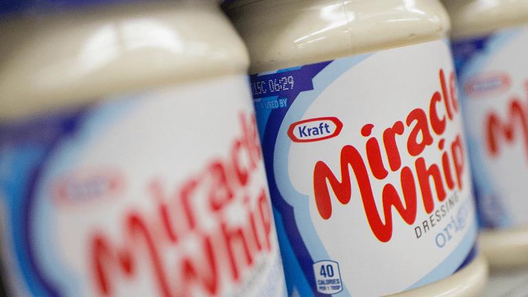 Kraft Heinz Falls Further Following Bernstein Downgrade