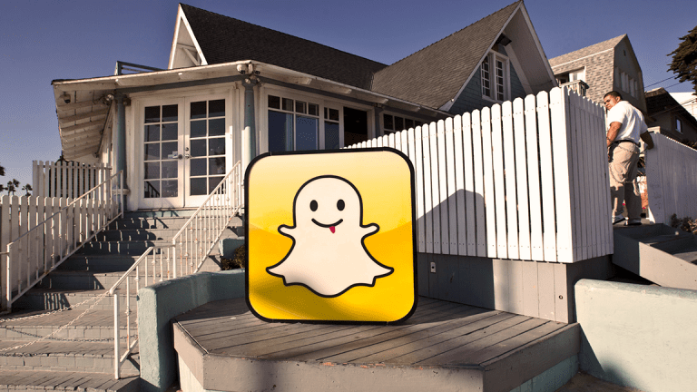 Snap Shares Jump on Earnings, Revenue Beat, but User Count Falls for First Time