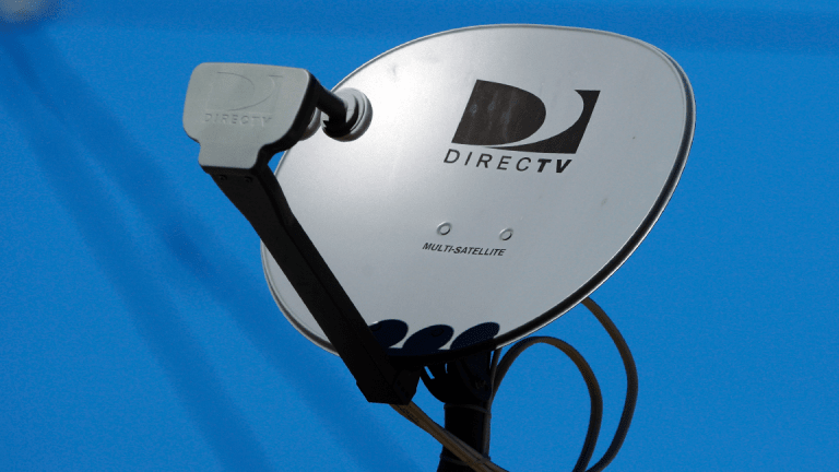 Viacom Warns DirecTV Customers They Could Lose MTV, Comedy Central