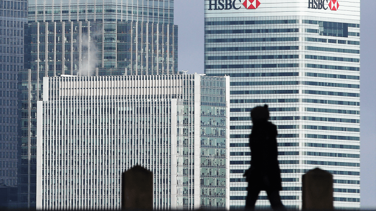 Britain's Opposition Leader Says Labour Party a 'Threat' to Investment Banks