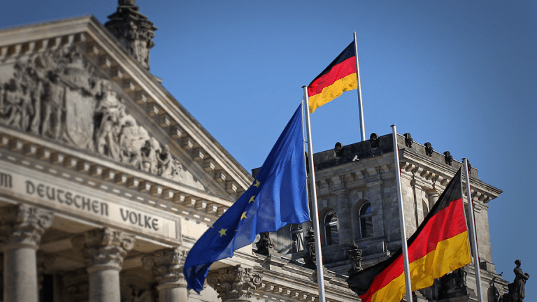 German Growth Slows To Five-Year Low as Trade War Bites Europe's Biggest Economy