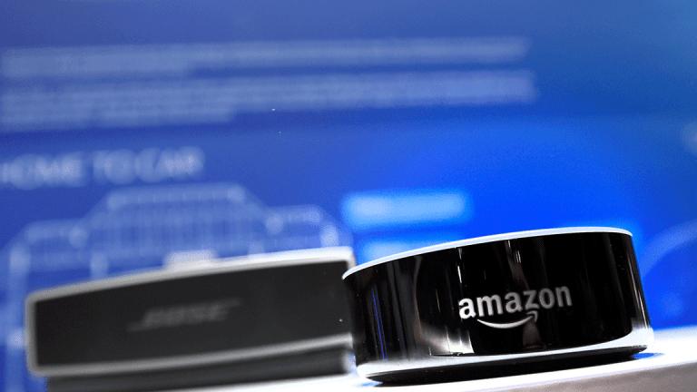 Amazon Alexa-Powered Smartglasses to Be Revealed at CES 2018