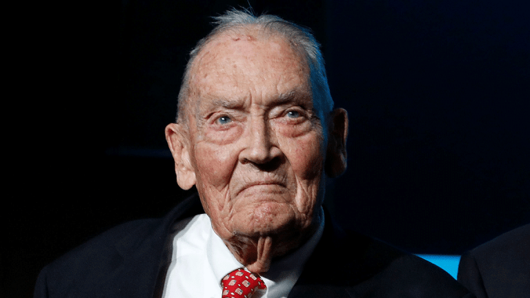 John Bogle, Founder of Vanguard and Creator of Index Fund, Dies at 89
