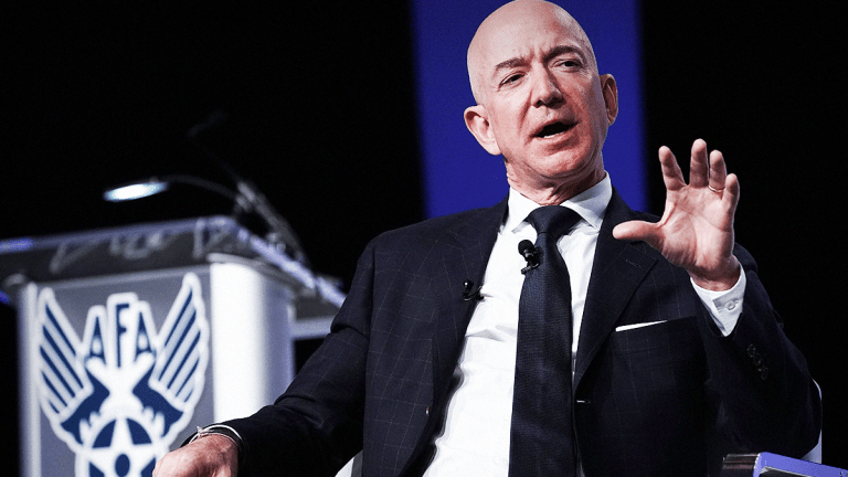 Jeff Bezos, Tim Cook and Other Top CEOs Vow to Redefine Corporations' Goals