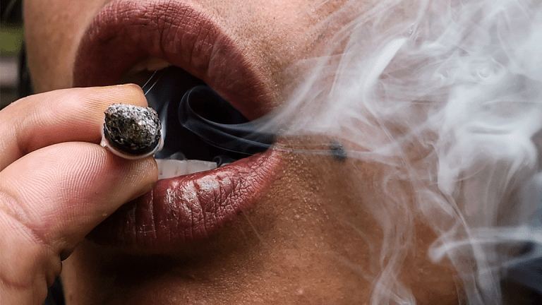 Legal Weed Sales in California Are Off to a Less Than Smokin' Start