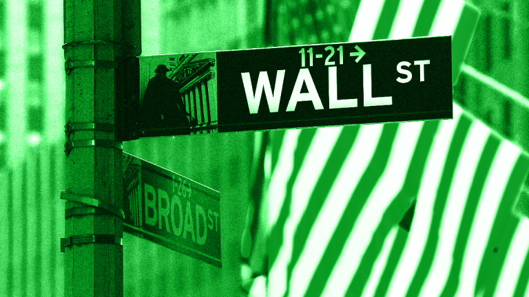 Dow Soars 336 Points; S&P 500 Also Rises Amid Easing Trade War Worries