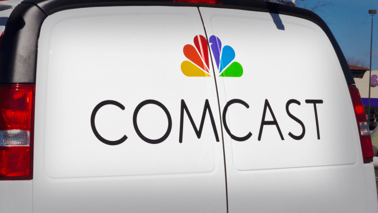 Comcast Tops Q4 Profit Estimates, Boosts Dividend and Stock Buyback Plans