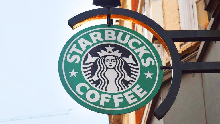 Starbucks Slips as CEO Apologizes for Arrest of Black Men in Philadelphia Shop