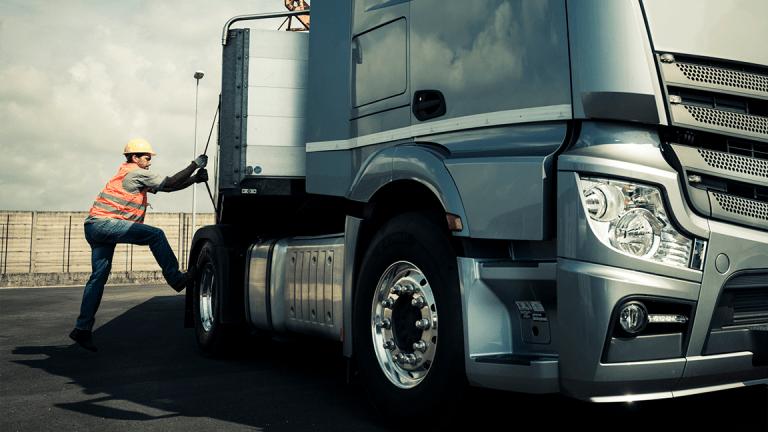 Trucking Stocks Get Run Over as Investors Mull Trade War Possibilities