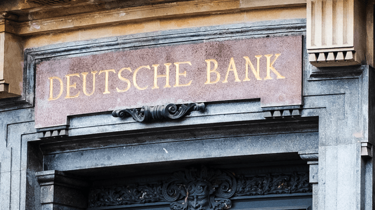 Deutsche Bank Fails 'Stress Test' as Goldman, Morgan Stanley Face Curbs