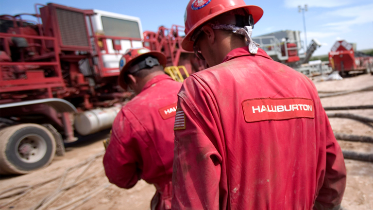 Halliburton's 'Outstanding Execution' Boosts Fourth-Quarter Earnings