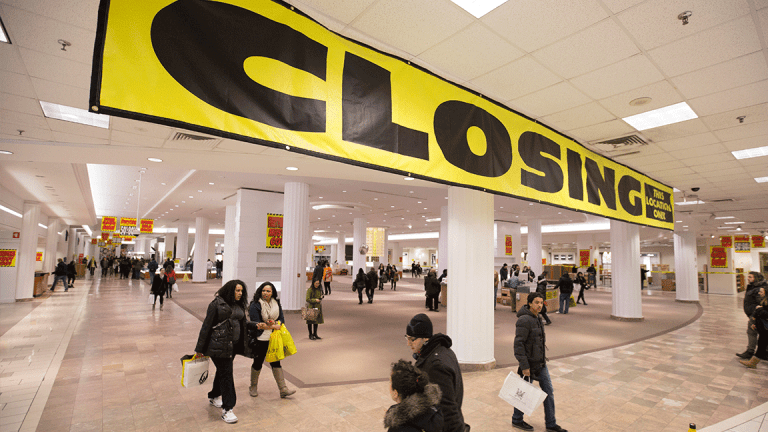 Sorry Eddie Lampert, Sears Isn't Even in the Same League as Walmart and Target