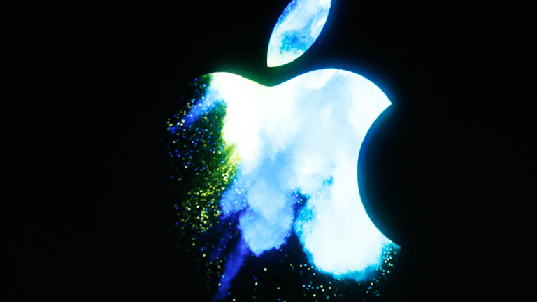 Apple Will Probably Make a Key Bet With Its New iPhones That Must Work Out