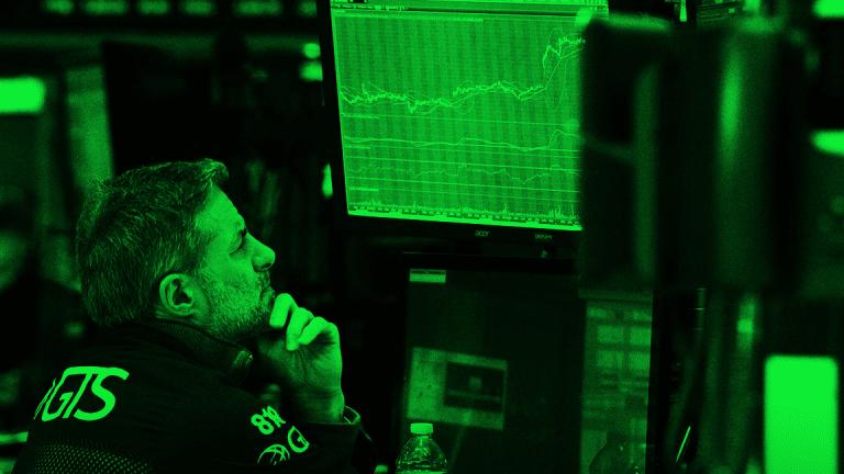 U.S. Stock and Crop Futures Tank After China Announces Reciprocal Tariffs