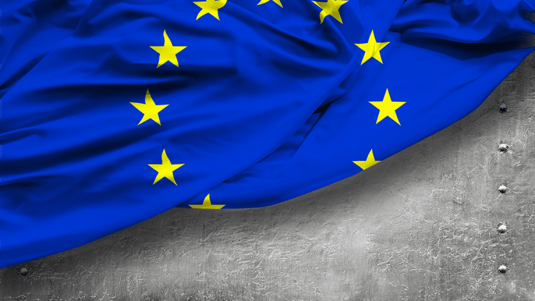 Eurozone Economic Growth Slows, Inflation Accelerates as U.S. Trade Talks Loom