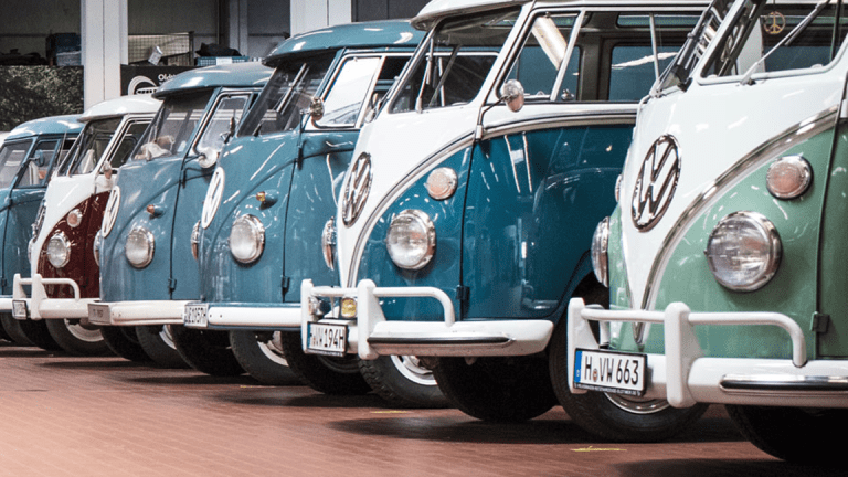 Apple Teams With Volkswagen for Autonomous Driving Gig