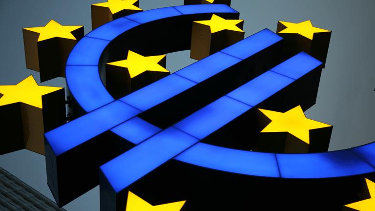 EU Vows to Use WTO to Hit Back at U.S. Tariffs as Trade War Talk Intensifies