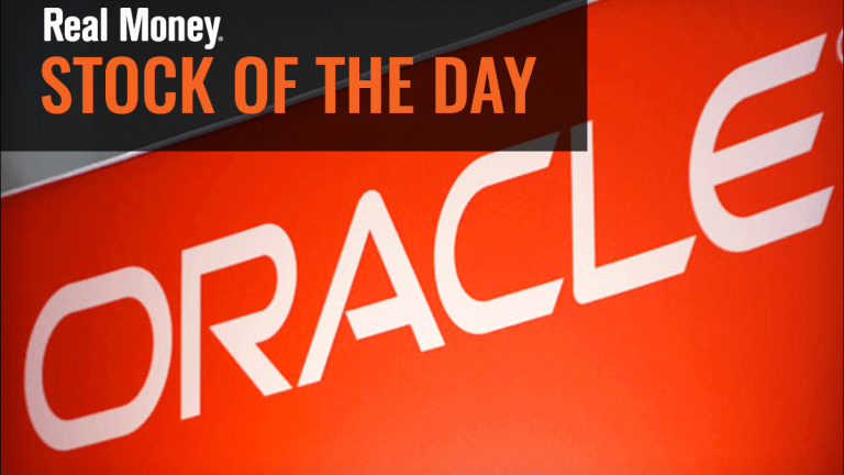 Is Oracle Stock Actually Starting to Perform?