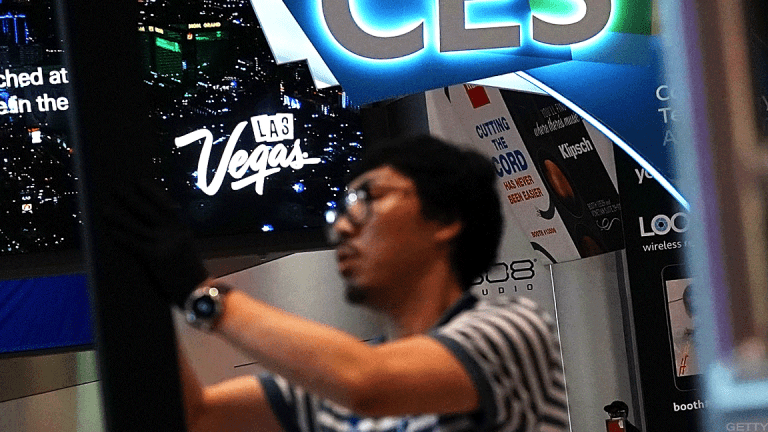 8 Top CES 2018 Takeaways: What's Next for IoT, VR, Autonomous Cars and More