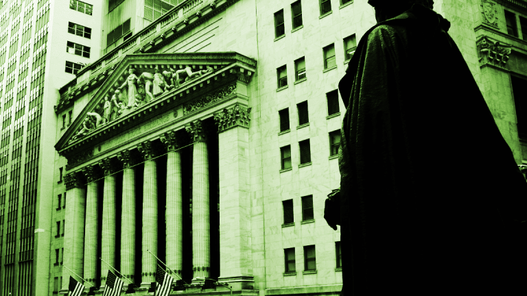 Dow and Nasdaq Finish Lower as 10-Year Treasury Yield Hovers Near 3%