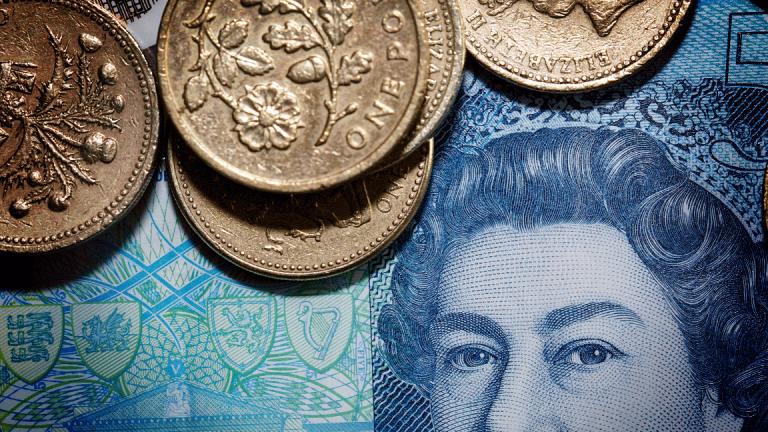 Pound Slumps After Brexit Chief Admits Government Hasn't Studied Economic Impact