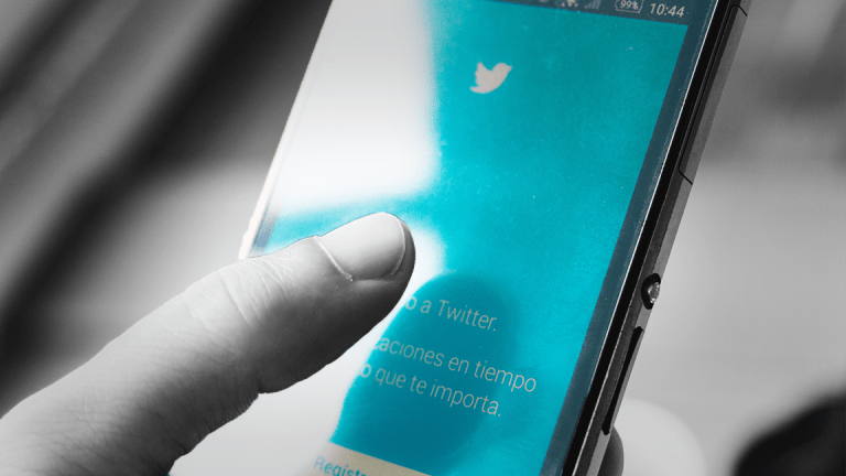 Twitter Expected to Earn 20 Cents a Share