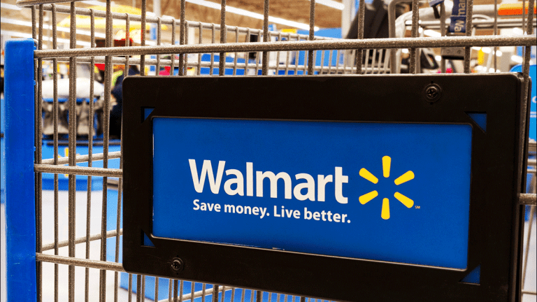 Walmart Gives Back Earnings Gains -- Here's How to Trade WMT Stock Now