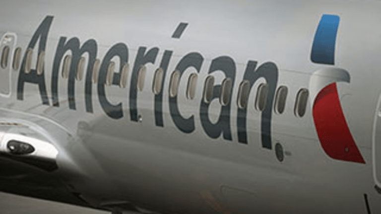 American Airlines Workers Get 4% Raises While Envoy Pilots Take Cuts