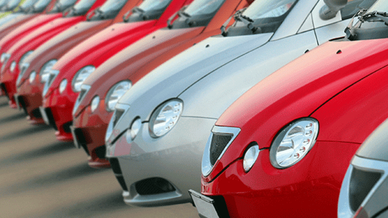 U.K. Cars Sales Weaken In April But Sector Remains in 'Good Health', Industry Body Says