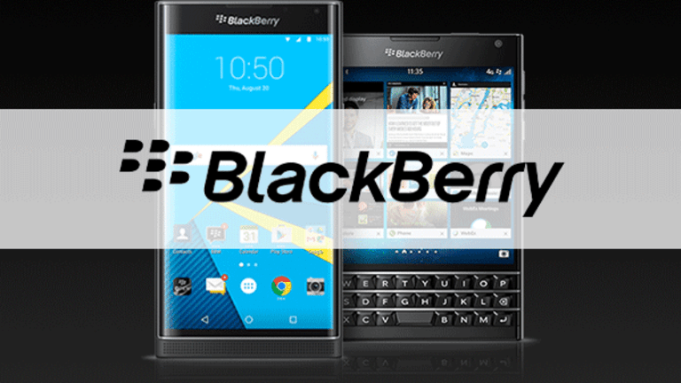 BlackBerry Slumps With Smartphones, Says It Will Research Smart Cars