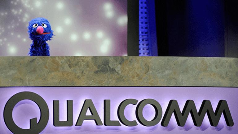 Qualcomm Shares Slide as Apple Dispute Fuels Weak Guidance