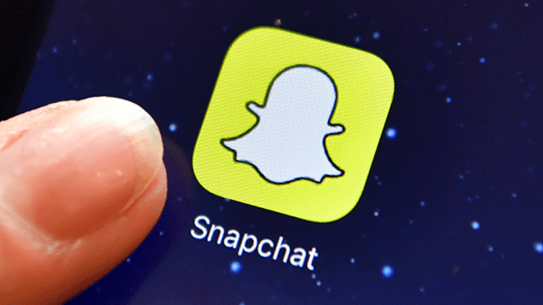 Facebook Has Its 'Knives Out' to Destroy Snap's Ad Business, Ad Exec Says