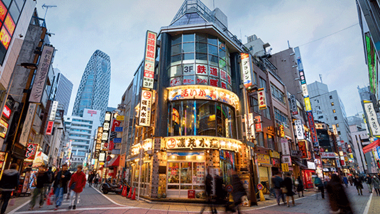 Japan Approves Legalized Gambling, May Add $30 Billion to Economy
