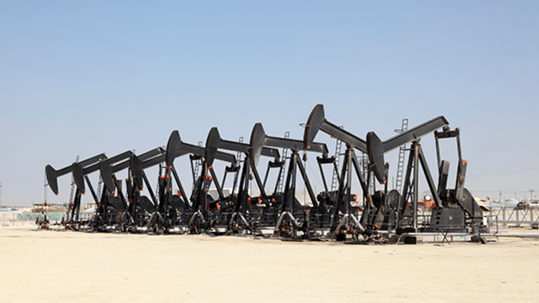 Oil Futures Traders Wonder: Could Oil Fall To $26 Per Barrel Next Year?