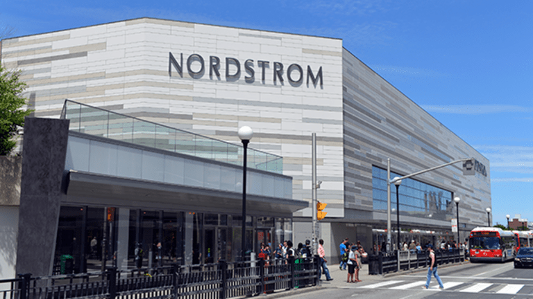 Nordstrom Is Worst Performer on S&P 500 as JPMorgan Downgrades to Underweight