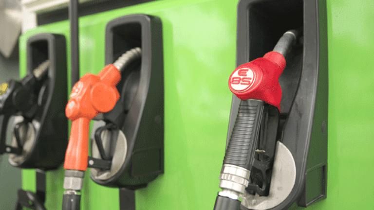 Morrisons Cuts Gas Prices as U.K. Supermarket Price War Rages On