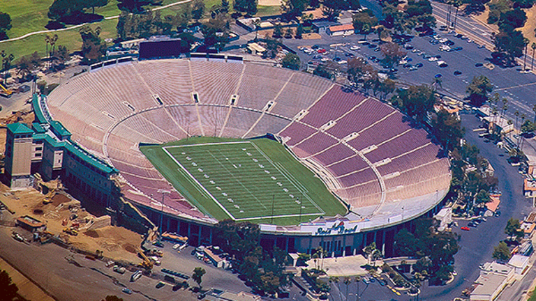 Rose Bowl Tickets Generate Higher Prices Than CFP Semifinal Games