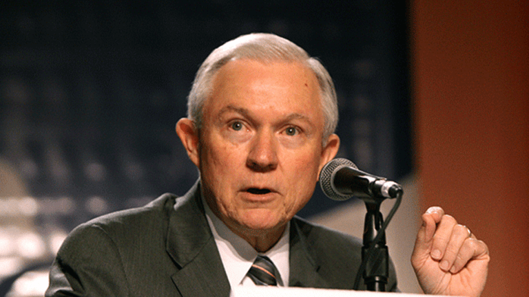 Sen. Sessions Reignites Online Gambling Debate During AG Confirmation Hearing