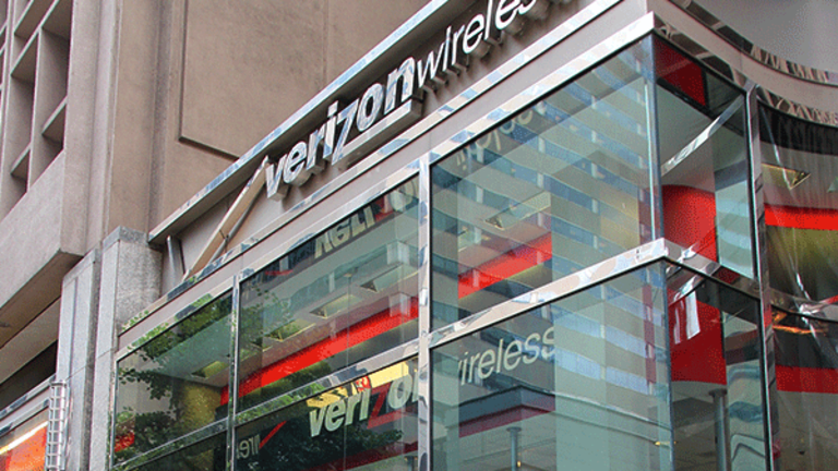 Verizon's Unlimited Plan Is 'Completely Defensive': More Squawk From Jim Cramer