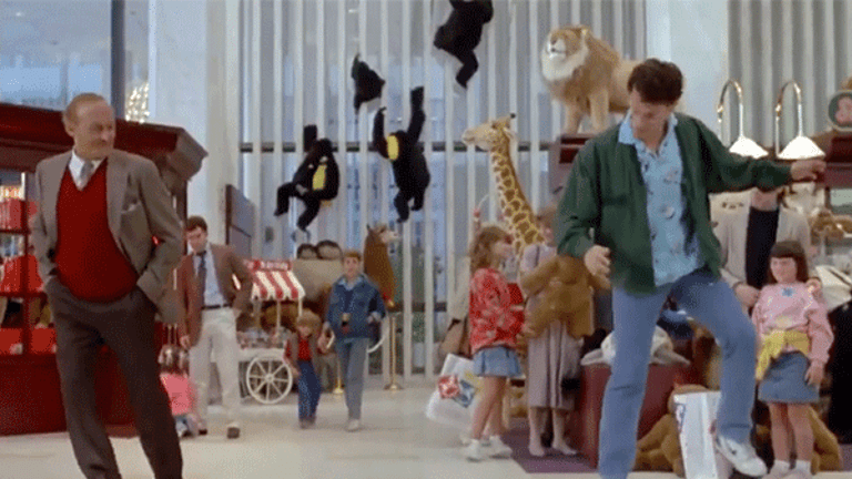 Toys 'R' Us Sells FAO Schwarz as it Reveals Further Debt Refinancing Plans