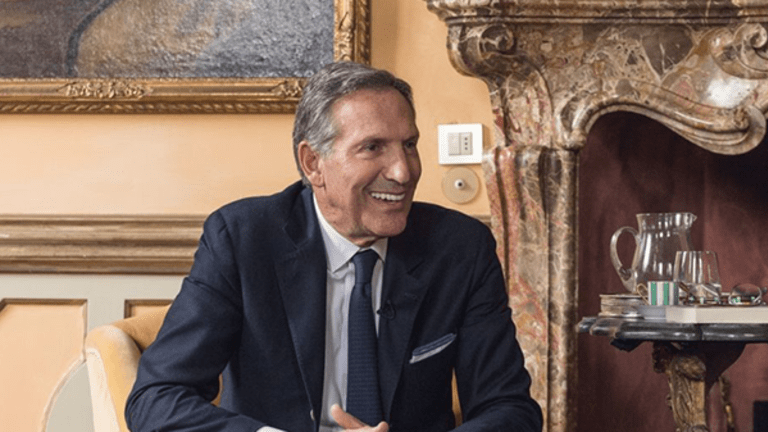 In One Powerful Statement, Departing Starbucks CEO Howard Schultz Roasts All the Haters