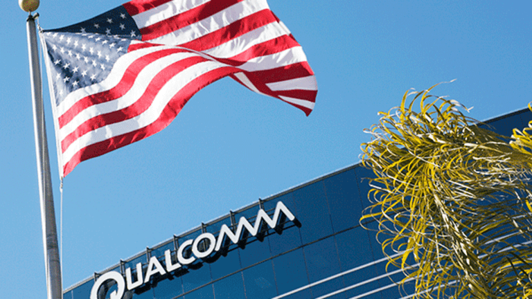 Qualcomm's Earnings Wednesday May Be Overshadowed by FTC, Apple Troubles
