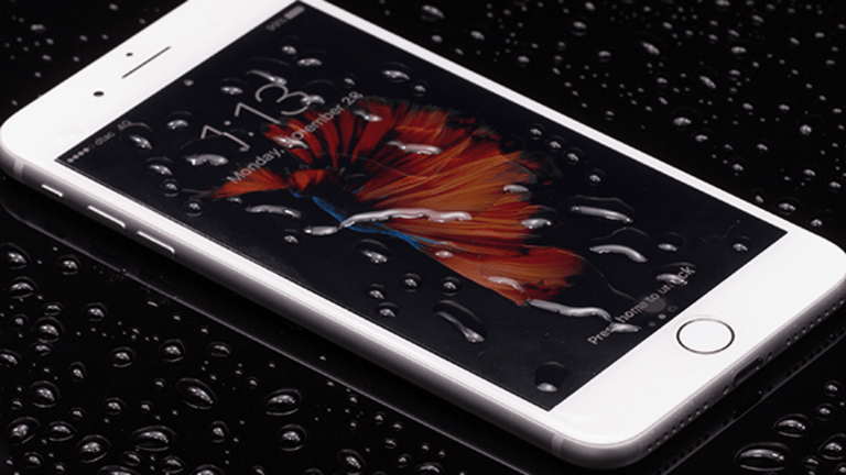 People Don't Look Scared By Apple's iPhone 8 Potentially Costing $1,000
