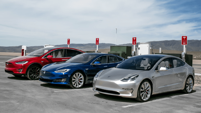 Tesla CEO Elon Musk Now Thinks He Could Sell 700,000 Model 3 Cars Each Year