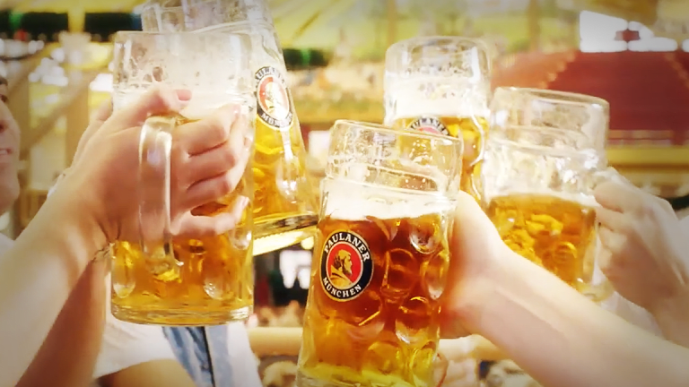 Here Are the 10 Most Popular Oktoberfest Beers in the U.S.