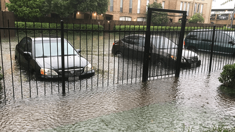 Hurricane Harvey Scammers Are Out in Full Force Targeting Helpless Victims