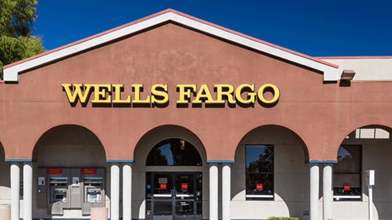 Wells Fargo to Boost Signing Bonuses for Veteran Brokers